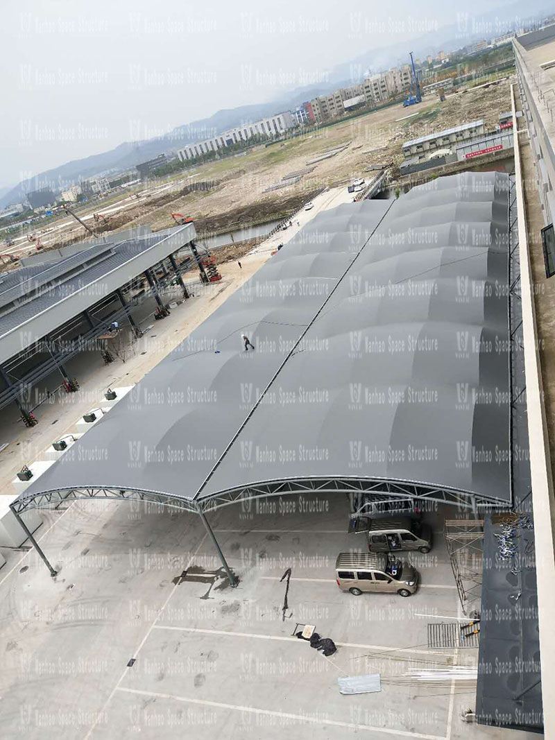 Fenghua Fangqiao agricultural and sideline steel structure canopy project won the award