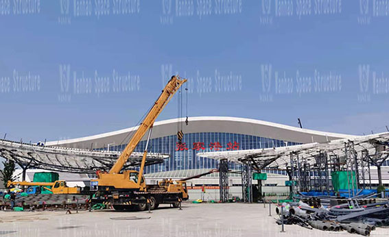 Shanghai-Tong Railway Zhangjiagang Station Local Supporting Project Butterfly Shaped Sky Screen Project in the Passenger Distribution Area on the West Side of t